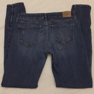 ABERCROMBIE AND FITCH women's jeans size 6R